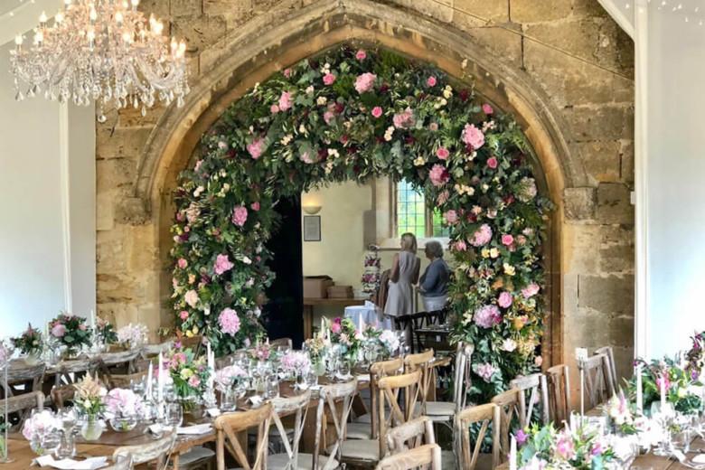 wedding arch large flower arrangement 1a